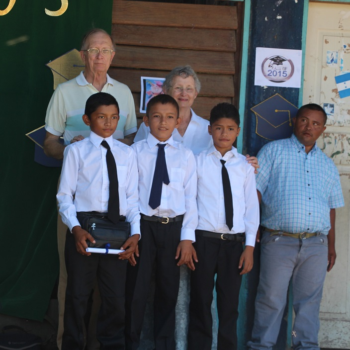 Sixth-grade_graduates