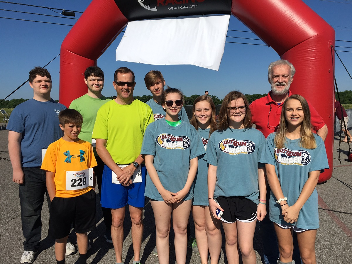 Outrun Hunger 5K raises over 6K for Harvest Food Pantry - Messiah ...