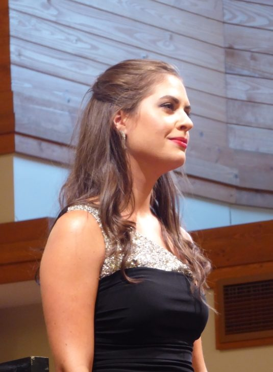Vocalist Erin McDaniels Returns to Messiah Home